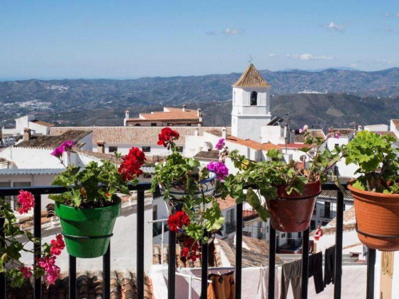 Foto de la visita a Canillas de Aceituno con escapadas en Málaga