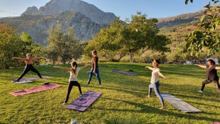Retiro de Yoga, Senderismo y Meditación en La alta Axarquía